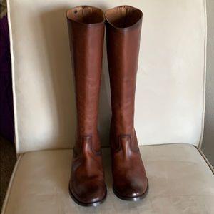 Frye Mellisa Button Back Zip Boot in Cognac -new